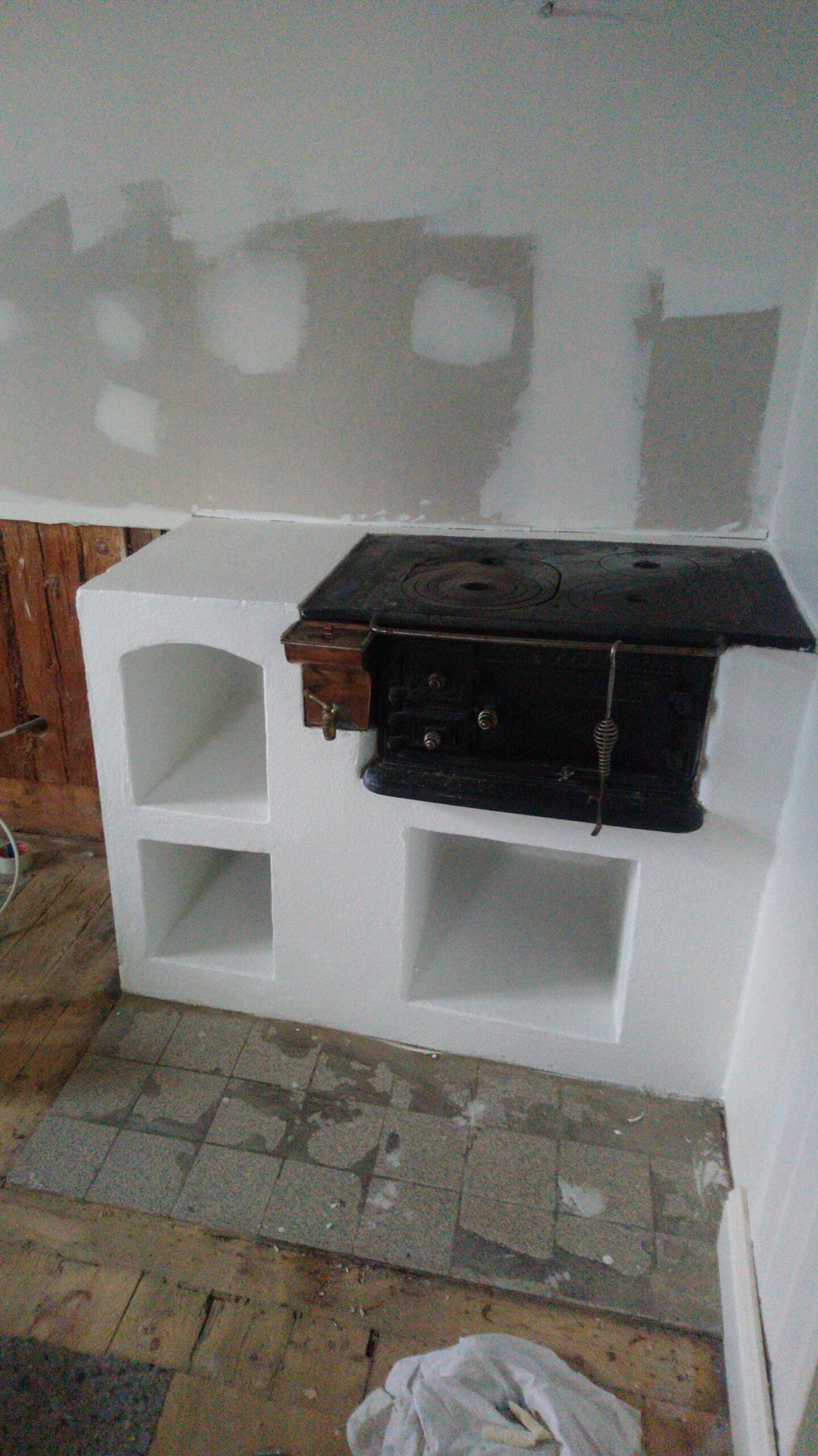 Painting wood stove