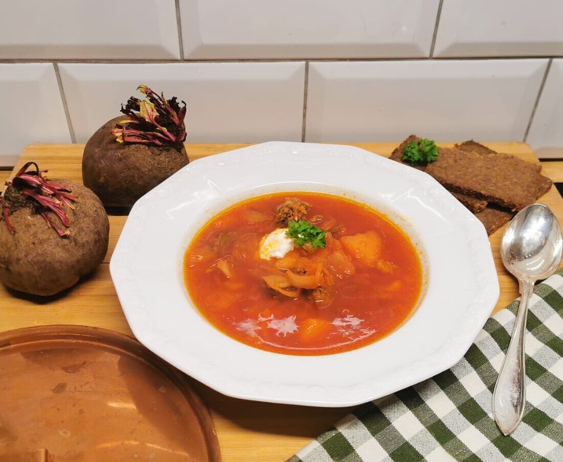 Borscht – Introducing a russian traditional beetroot soup