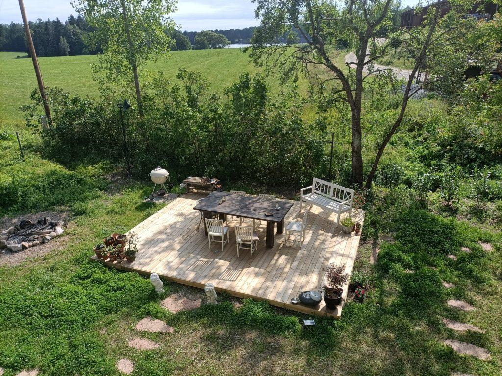 BBQ area - wooden terrace